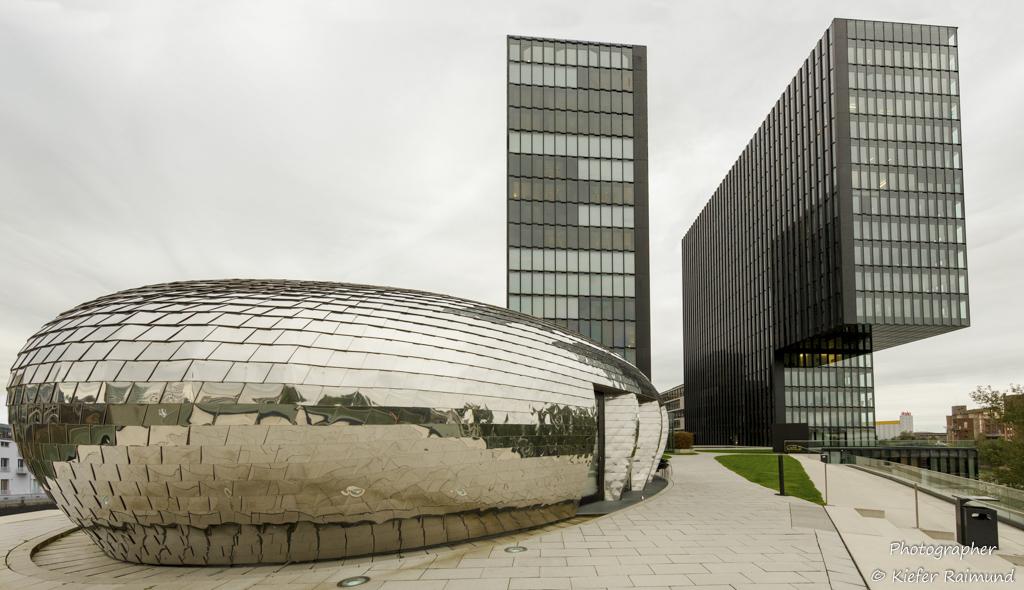 Raimund Kiefer -- Hyatt Regency - Düsseldorf