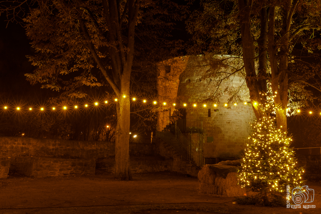 Auftakt Weihnachtsmarkt Illingen Burg Kerpen • R. Kiefer